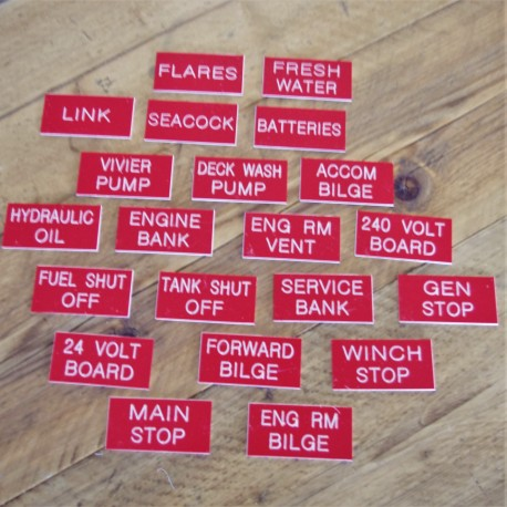 Engraved Labels Red 3 x 1.5